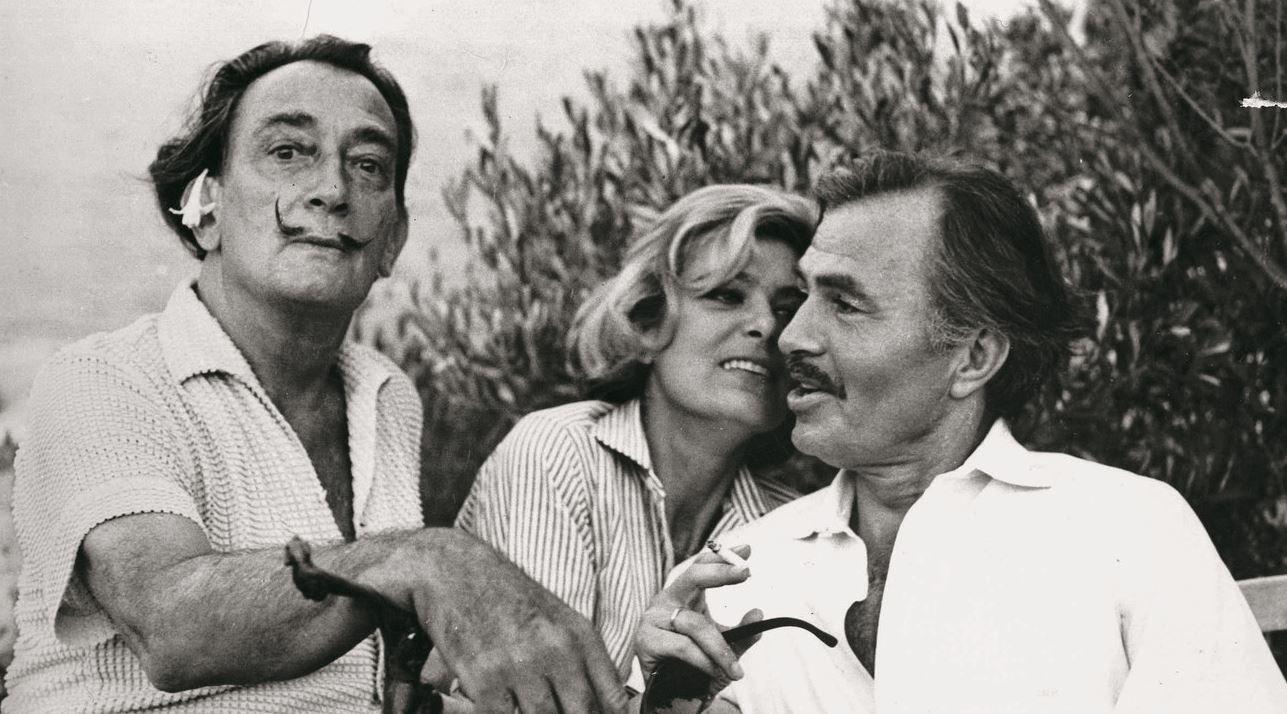 Η Μελίνα Μερκούρη με τον Σαλβαδόρ Νταλί και τον Τζέιμς Μέισον στο Καντακές