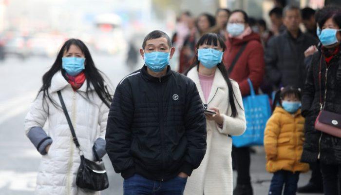 Το «σημείο μηδέν»: Τα 3 επικίνδυνα μέτρα της Κίνας που μείωσαν τα κρούσματα κορωνοϊού κατά 95%