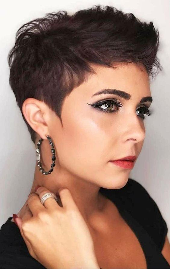 Η απόλυτη τάση στο γυναικεία μαλλιά την Άνοιξη του 2020 είναι τα κοντά!Δες 25+3 μοντέρνες ιδέες