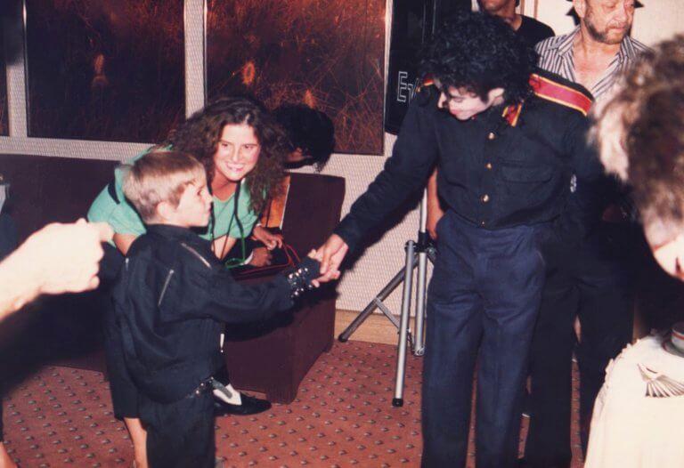 Η πρώτη συνάντηση του Γουέιντ Ρόμπσον με τον Μάικλ Τζάκσον το 1987