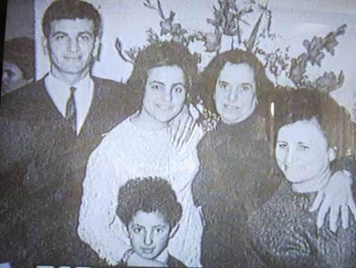 Θεόφιλος Σεχίδης: Τεμάχισε μάνα, πατέρα, αδελφή, γιαγιά, θείο και έψυξε τα μυαλά τους για να τα μελετήσει