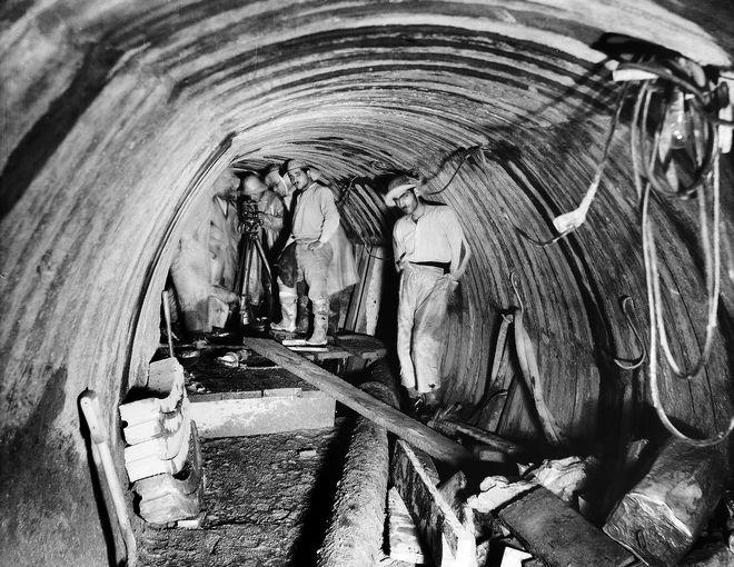 Εργασίες μηχανικών για την κατασκευή της Σήραγγας Μπογιατίου ΙΣΤΟΡΙΚΟ ΑΡΧΕΙΟ ΕΥΔΑΠ