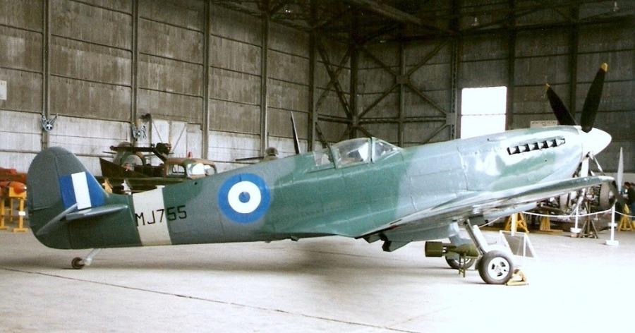 θρυλικό Spitfire MJ755