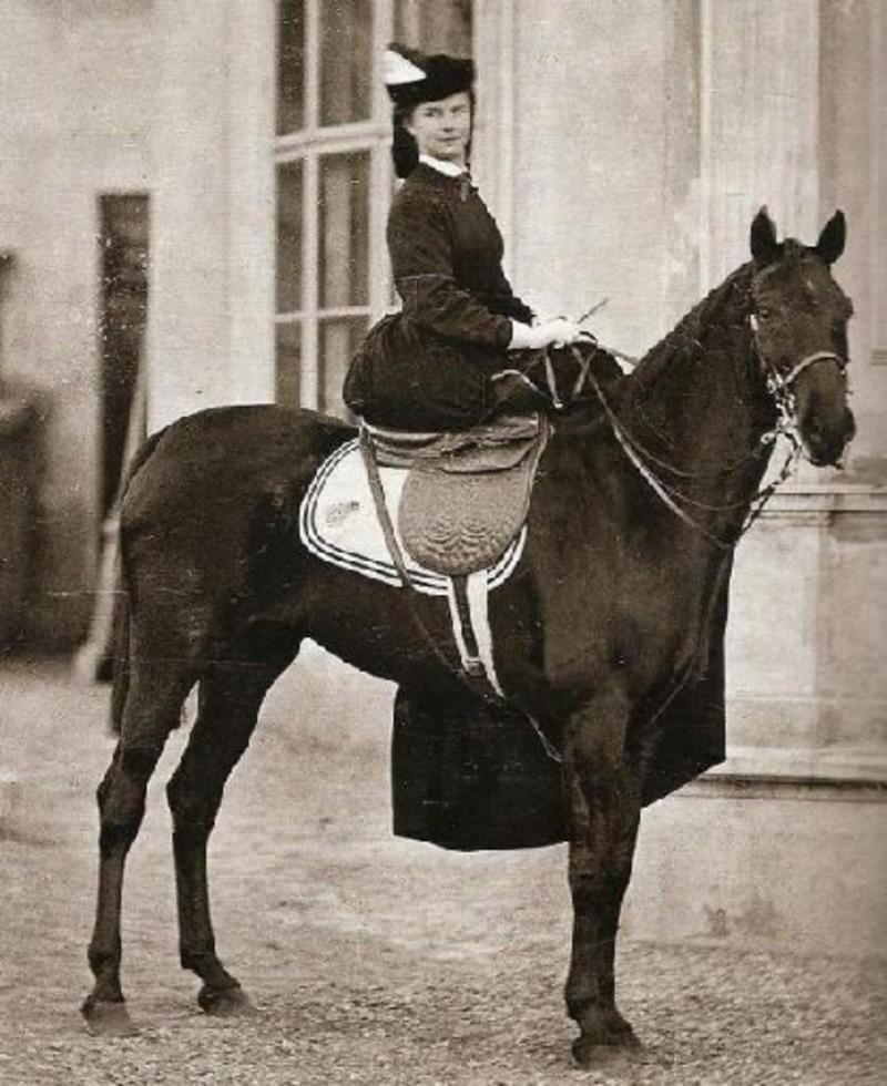 Η Σίσσυ λάτρευε την ιππασία