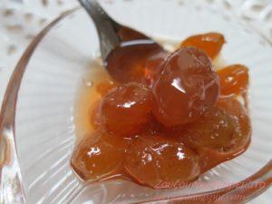 Παραδοσιακή συνταγή για γλυκό του κουταλιού σταφύλι.