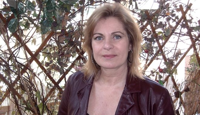 Χρύσα Σπηλιώτη: Οι αξέχαστοι ρόλοι στην tv, η κακή σχέση με τη μαμά της και ο θάνατος της στη φωτιά στο Μάτι