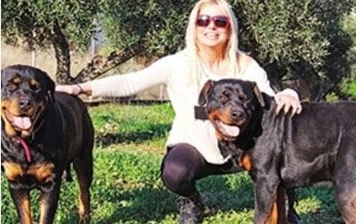 Στέλλα Μπεζεντάκου: Η αλλαγή καριέρας, οι τσακωμοί με τον σύζυγο, οι κρίσεις πανικού και η ατυχή εγκυμοσύνη