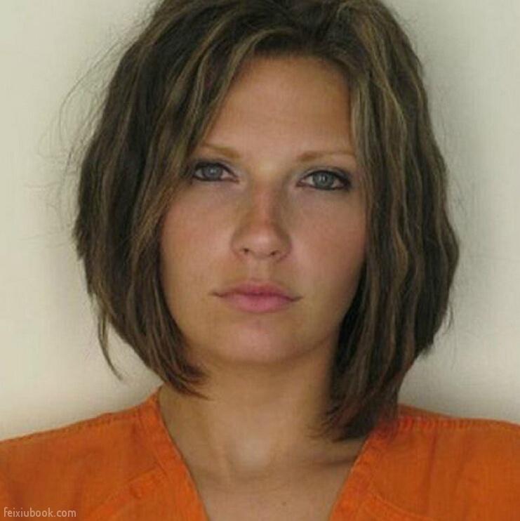 Φωτογραφίες από κρατούμενους που πήγαν στη φυλακή.