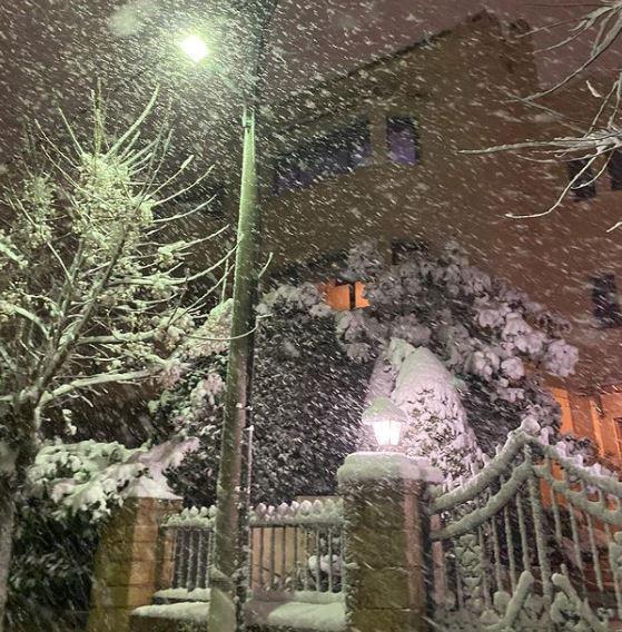 Η βόλτα στα χιόνια της Τατιάνας Στεφανίδου.