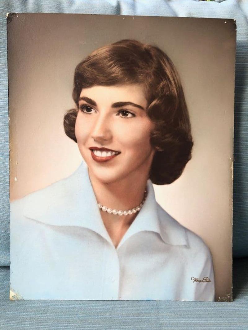 Ποια η αληθινή ιστορία της χαμένης γυναικείας τσάντας του 1950;