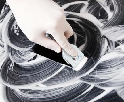 Tips κεραμικής εστίας: Πώς να βγάλετε τις γρατζουνιές;
