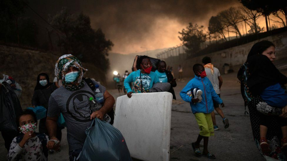 Μυτιλήνη : Εξώδικα για την φωτιά στην Μόρια