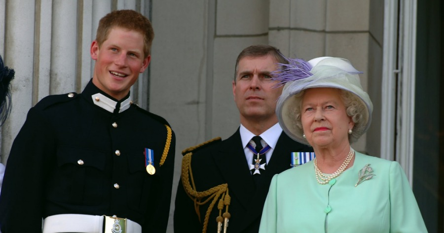 Βασίλισσα Ελισάβετ , Πρίγκιπες Άντριου και Χάρι