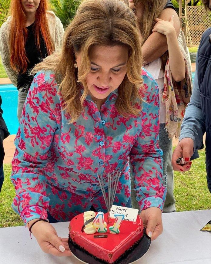 Δέσποινα Μοιραράκη: Έκλεισε τα… 41, προκάλεσε χαμό στο Twitter, όμως ο Λιάγκας είπε την αληθινή ηλικία της