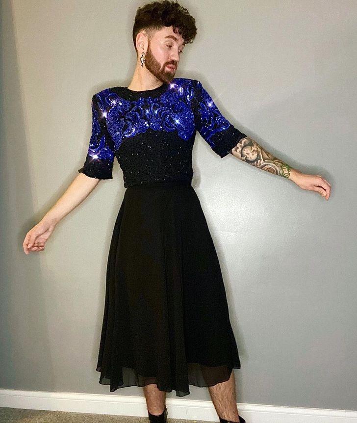 Connor Keaney άντρας με φούστα