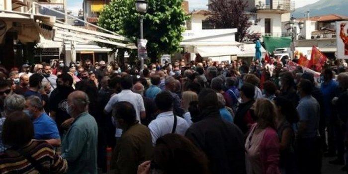 Βουλευτής ΣΥΡΙΖΑ: Έφαγε ξύλο στην πορεία για το εργασιακό νομοσχέδιο.