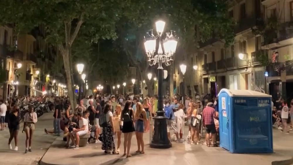 Επιστρέφουν οι περιορισμοί στην Καταλονία
