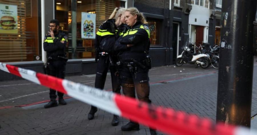Ολλανδός δημοσιογράφος δέχτηκε πυροβολισμούς και δίνει μάχη για την ζωή του