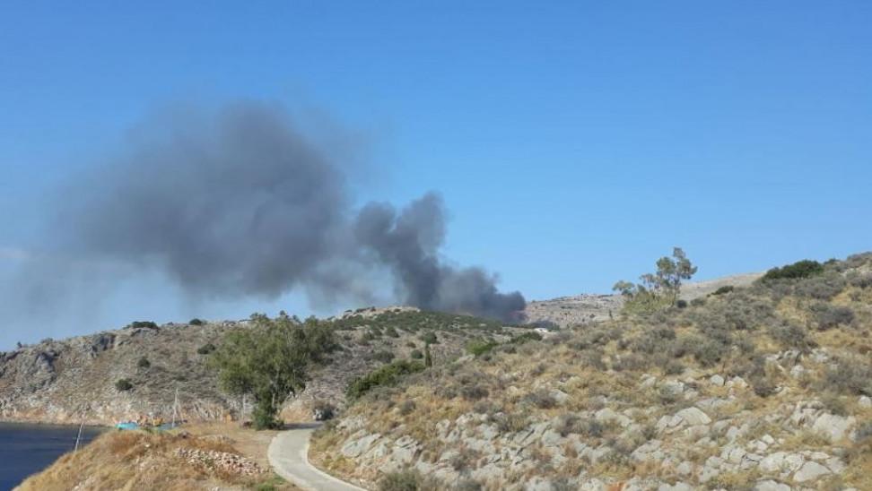 πυρκαγιά στη Χίο και την Ύδρα