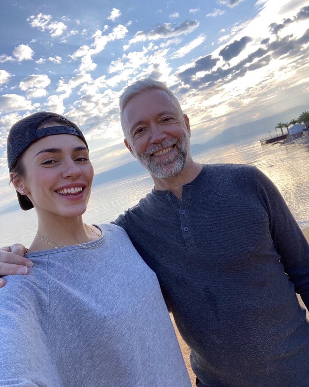 Η Κάτια Ταραμπάνκο με τον μπαμπά της