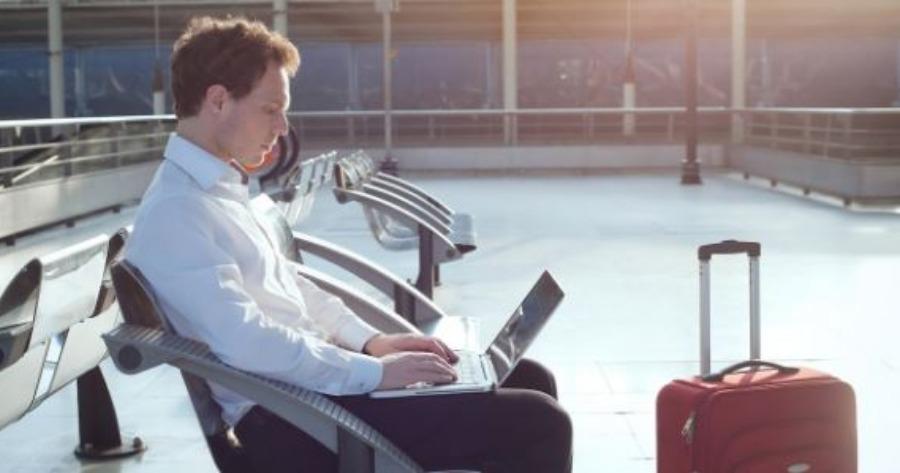 Ευρωπαίοι: Το 28% αδυνατεί οικονομικά να κάνουν διακοπές μιας εβδομάδας