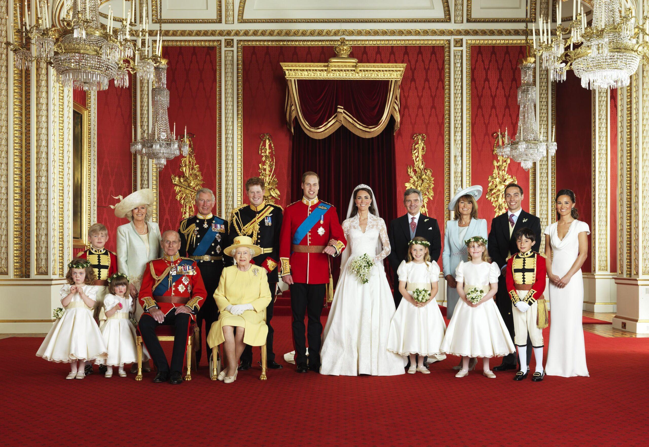 δημοφιλή νυφικά βασιλική οικογένεια