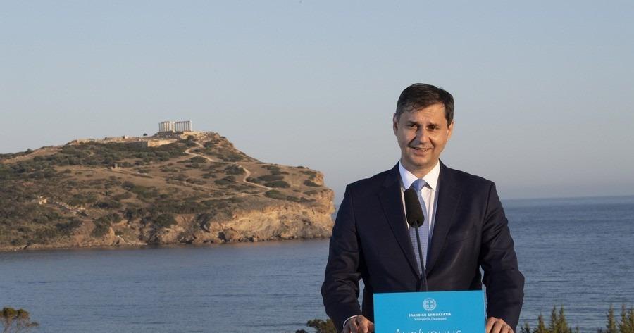 Θεοχάρης: Ξεκινάει μια χρυσή εποχή για τον τουρισμό στη χώρα μας