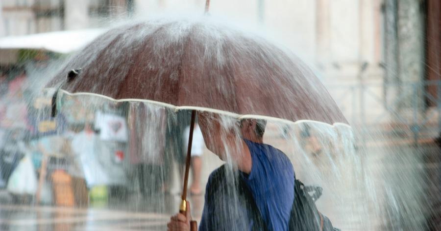 ΕΜΥ: Ραγδαία επιδείνωση του καιρού –Ισχυρές βροχές και καταιγίδες