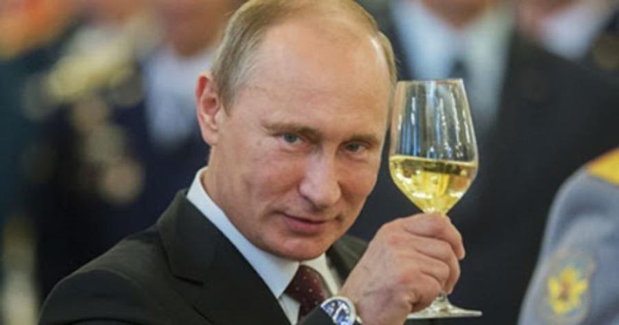 Ρωσία: Σωσίες, φυλακισμένοι αντιφρονούντες, απαρατσίκ...συνθέτουν το μοναδικό εκλογικό τοπίο