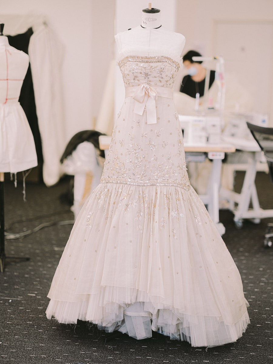 Spencer: Τα μυστικά πίσω από το φόρεμα της Κρίστεν Στιούαρτ στην αφίσα της ταινίας