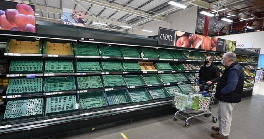 Βρετανία: Άδεια ράφια και ελλείψεις προϊόντων- προβλήματα ανεφοδιασμού μέχρι και στα σούπερ μάρκετ