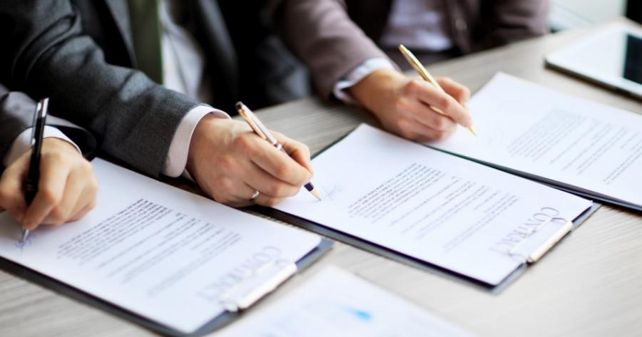 Επιχειρήσεις: Πρόκληση οι αναποτελεσματικές διαδικασίες σύναψης συμβάσεων