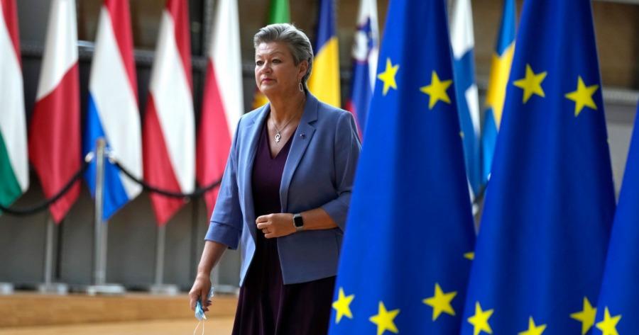 Ίλβα Γιόχανσον: Η Ε.E. πρέπει να προστατεύσει τα σύνορα και τις αξίες