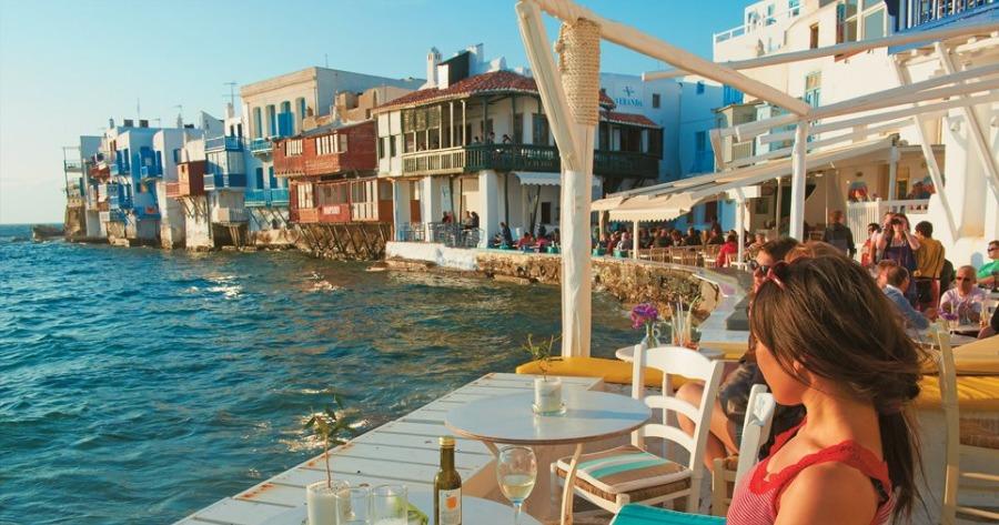 Τουριστική κίνηση: Αρκετά καλά εξελίσσεται στο Νότιο Αιγαίο και τον Οκτώβριο