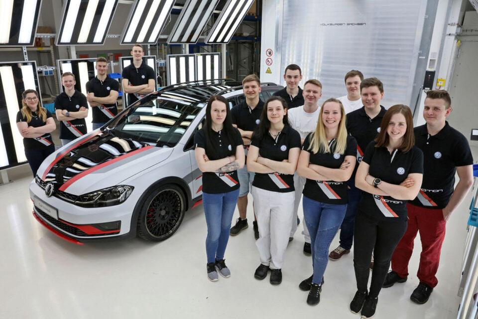 Volkswagen: Εξετάζει την περικοπή 30.000 θέσεων εργασίας